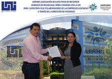 AERHNIC firma convenio de capacitación con UNI